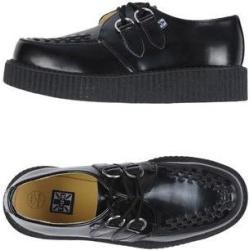 T.U.K Zapatos de cordones hombre